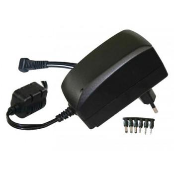 Adaptador De Corrente 3V a 12V até 2,25 Amp. Iinclui 6 Conetores + 3 Usb